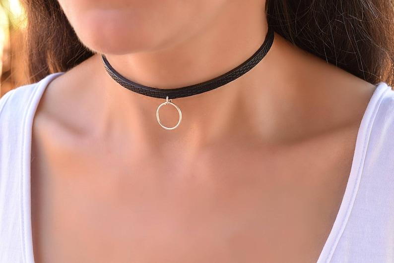 Discreet bondage collar photo 219