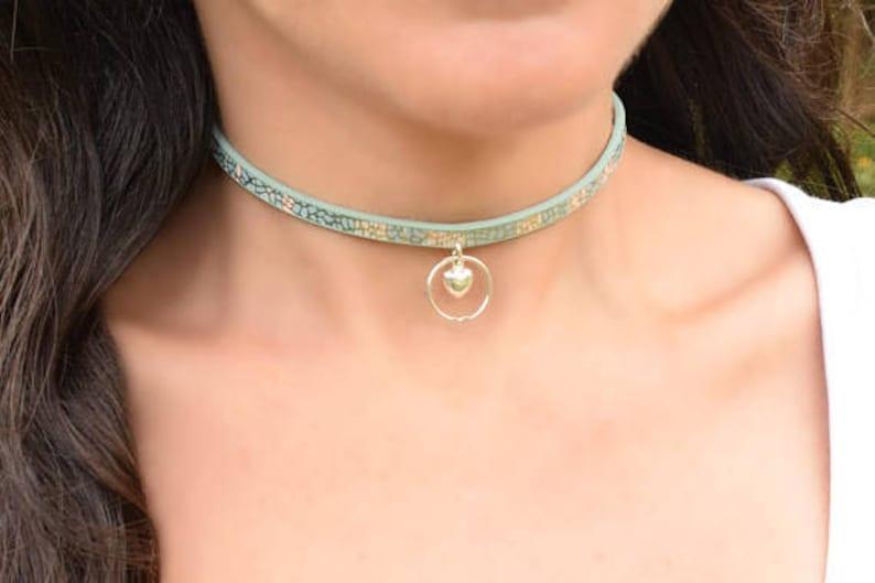 Discreet bondage collar photo 374