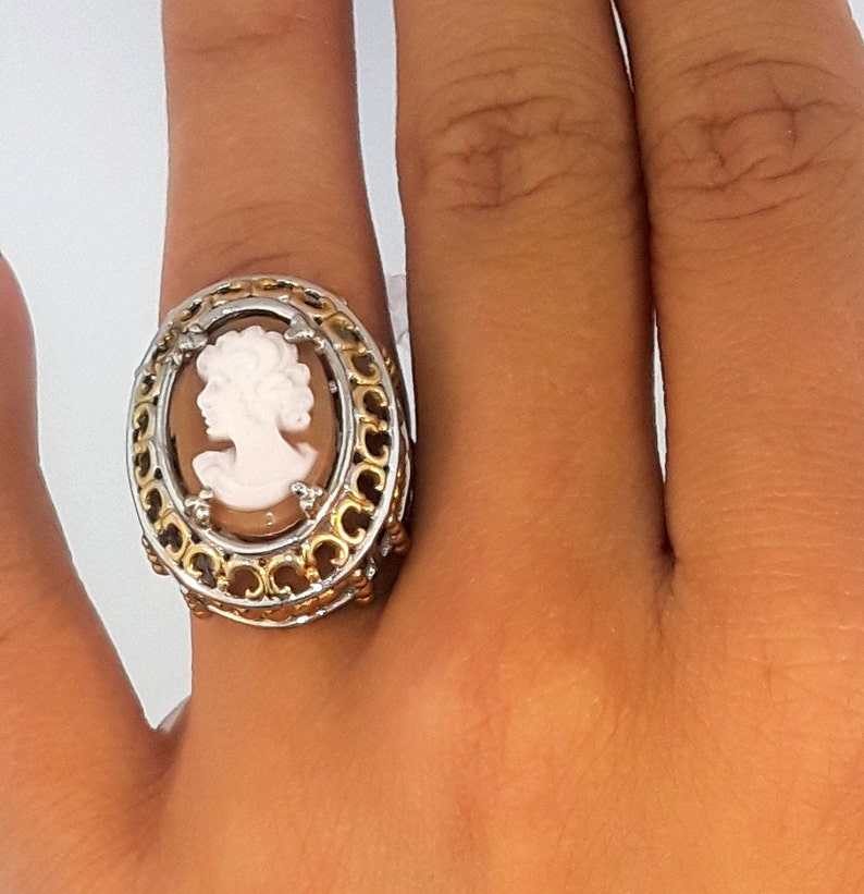 gold plated Everlasting love this lovely cameo ring in sterling silver with 14kt