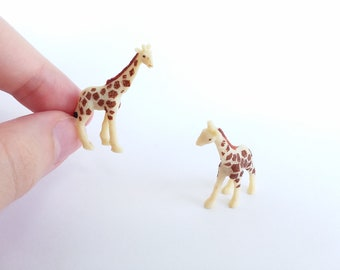 Mini Giraffe Decor Figurine