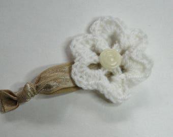 White wool crochet flower bracelet romantic shabby