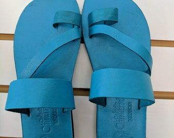 641c4d77d Blue Teal Turquoise Women s Handmade Mexican Leather Sandal Huaraches strap  CZ08blu