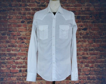 ea60858979 White Pearl Button Ely Cattleman Western Shirt (Vintage   1970s   Ely  Cattleman)