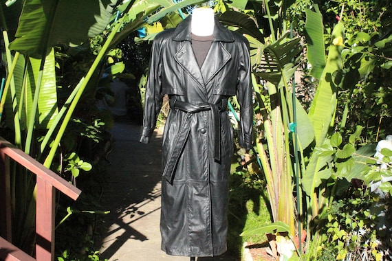 Long Vintage Wilsons 80s Black Leather Trench Coat