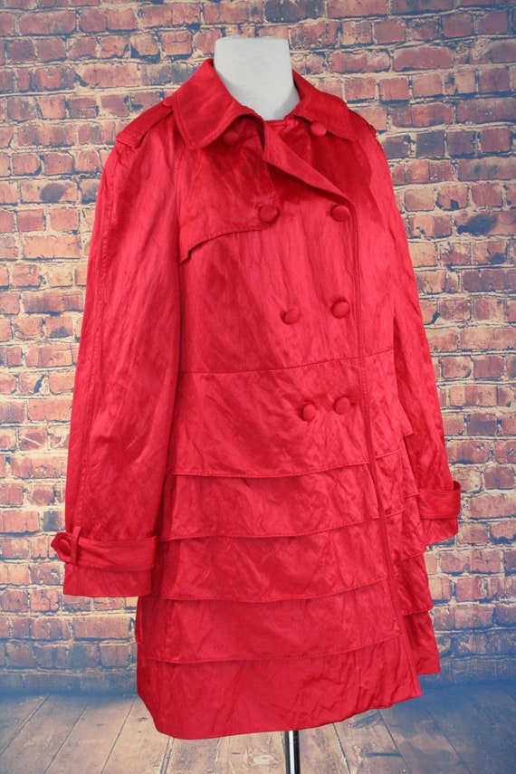 Red Shiny Ruffle Double Breasted Overcoat (Vintag… - image 2