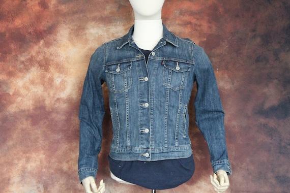 Classic Blue Levi's Denim Trucker Jacket (Vintage