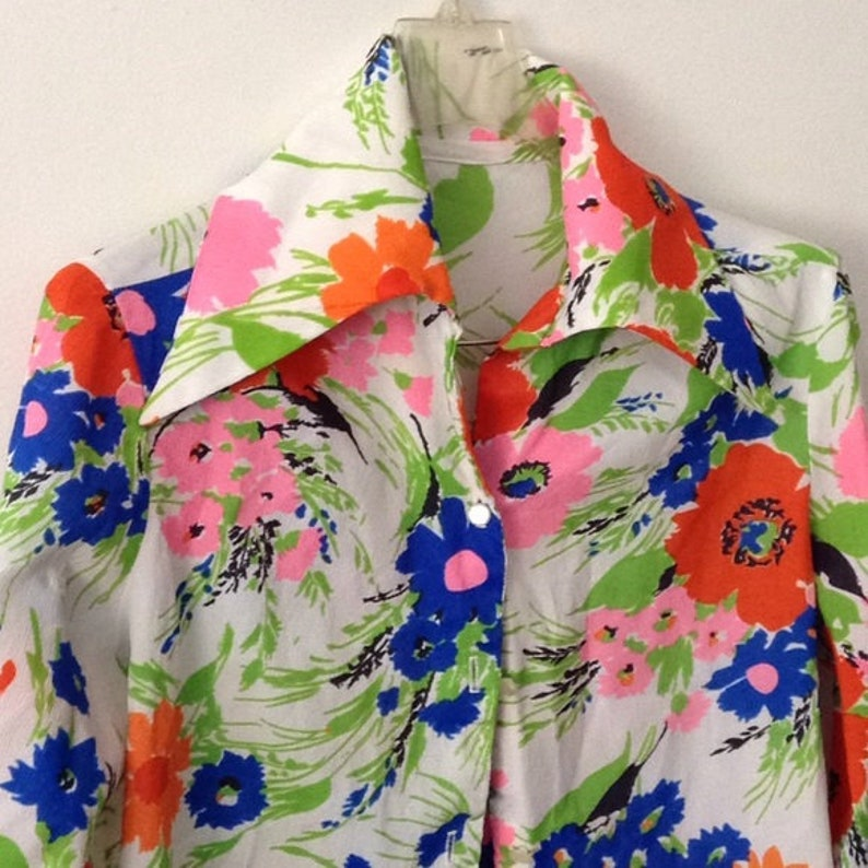 Colorful Floral Butterfly Collar Shirt Vintage Clothes for image 0