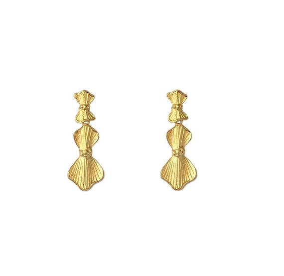 Vintage 1970/'s Gold Fan Ridged Lined Medium Dangle Drop Retro Chic Classic Power Suit Statement Clip On Earrings