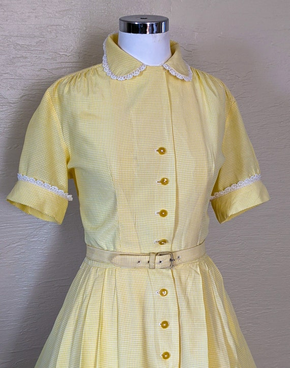 Summer Sunshine - Sweet 1950s Gingham & Lace Shir… - image 4