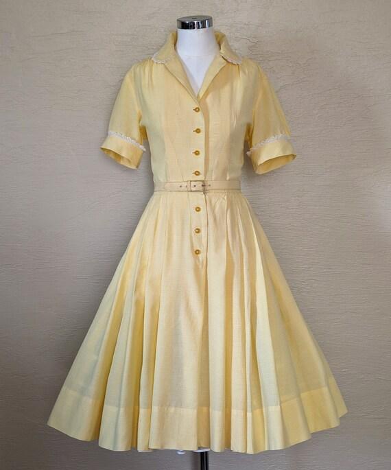 Summer Sunshine - Sweet 1950s Gingham & Lace Shir… - image 9