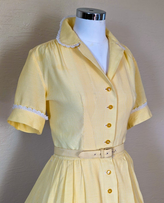 Summer Sunshine - Sweet 1950s Gingham & Lace Shir… - image 3