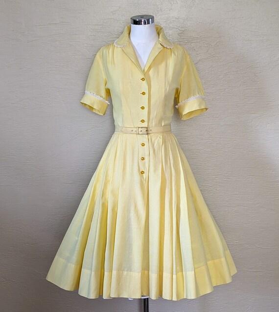Summer Sunshine - Sweet 1950s Gingham & Lace Shir… - image 1