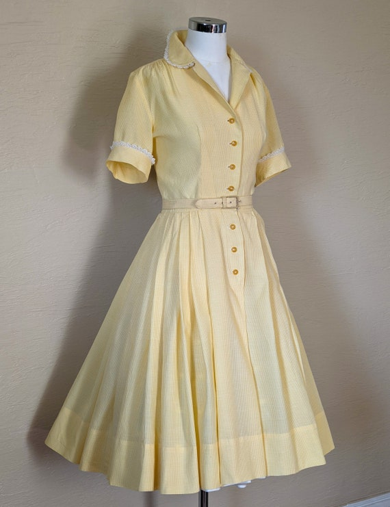 Summer Sunshine - Sweet 1950s Gingham & Lace Shir… - image 8