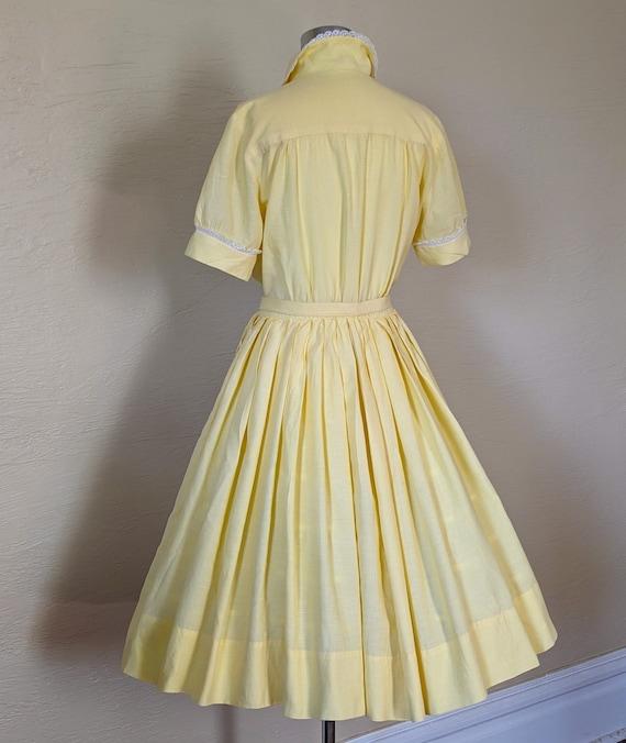Summer Sunshine - Sweet 1950s Gingham & Lace Shir… - image 2
