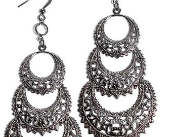 Famous For 15 Minutes Earrings  Edie Sedwick Inspired