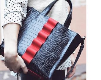 Black and red leather bag, black shoulder bag, artisan red black bag, leather handbag, crossbody bag women, top handle bag