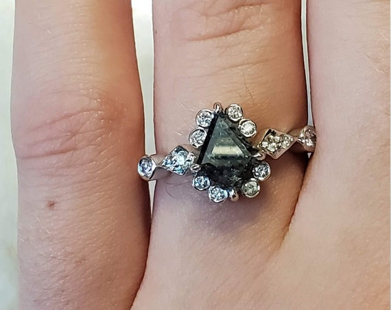 Salt and pepper geometric kite diamond gold ring, Kite diamond gold ring, Shield diamond gold engagement ring.