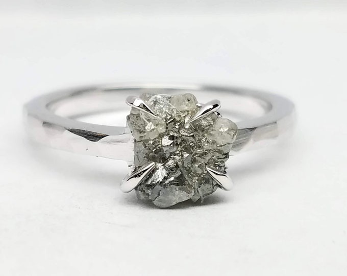 Rough diamond white gold ring, Raw diamond ring, Salt and pepper diamond, Bague en Diamant brut, Roh diamant ring