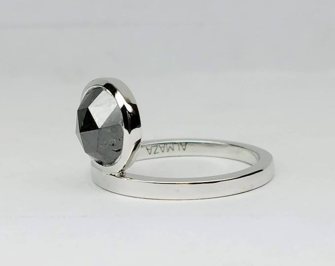 Black diamond ring, White gold stackable diamond ring, Assymetric black diamond ring, Black rose cut round diamond ring.