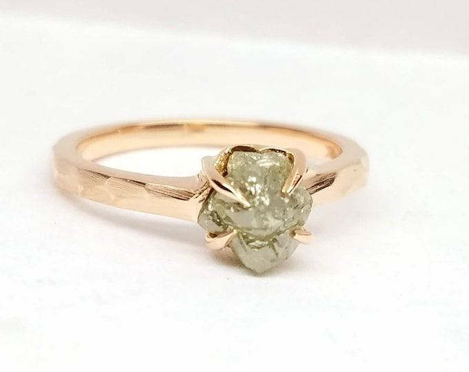 Rough diamond rose gold ring, Raw diamond ring, Salt and pepper diamond, Bague en Diamant brut, Roh diamant ring.