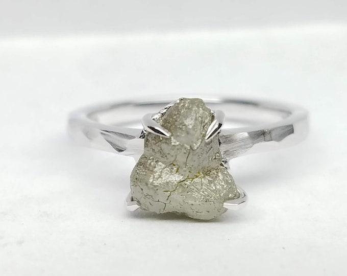 Rough diamond white gold ring, Raw diamond ring, Salt and pepper diamond, Bague en Diamant brut, Roh diamant ring.