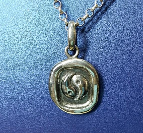 Silver Yin Yang unisex necklace.
