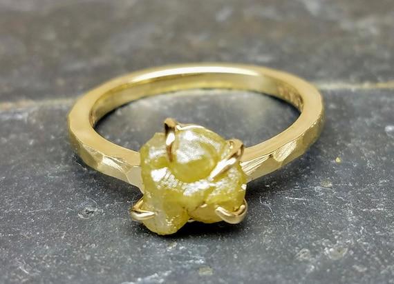 Rough diamond yellow gold ring, Raw diamond, Bague en Diamant brut, Salt and pepper diamond, Yellow diamond ring, , Rohdiamantring.
