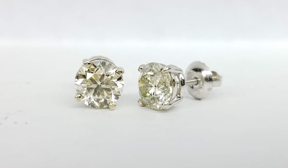 1.90 carat Diamond stud earrings, White gold diamond earrings.