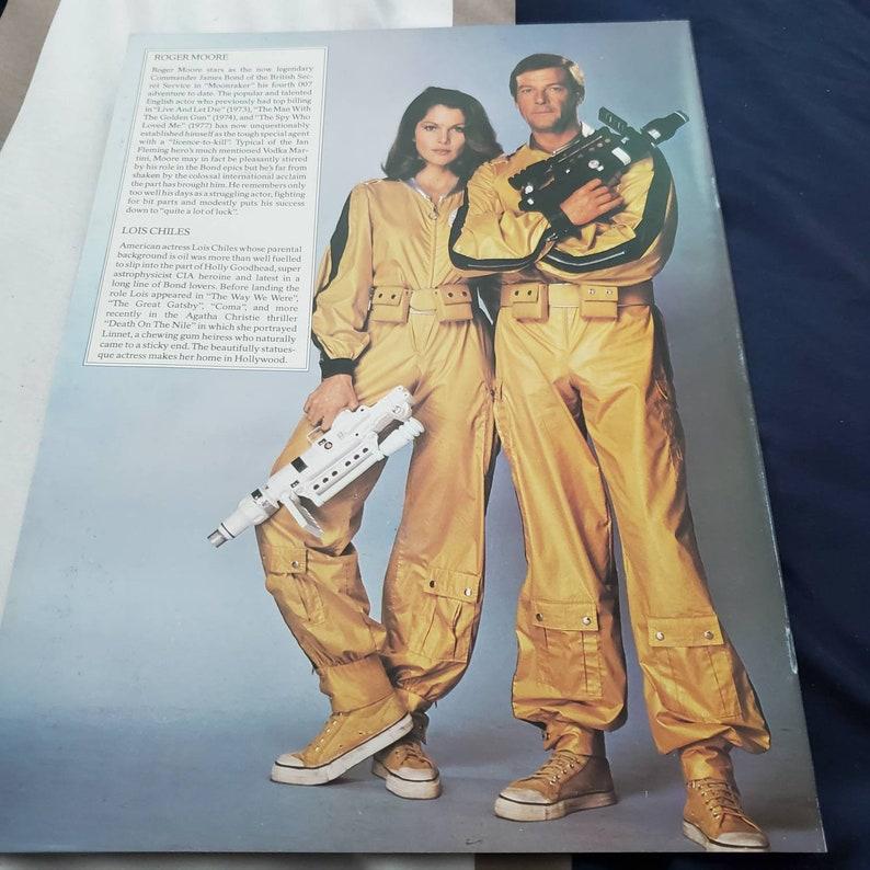 Moonraker james bond roger moore movie sovenior 1979