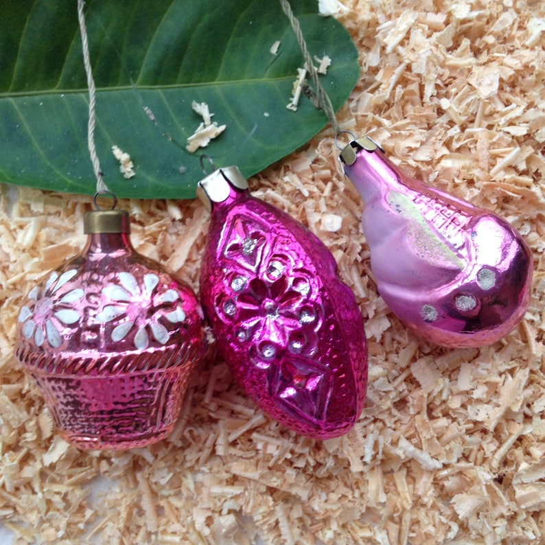Jingle Balls Set Of 3 Christmas Ornament In Pink Colors Christmas Gift