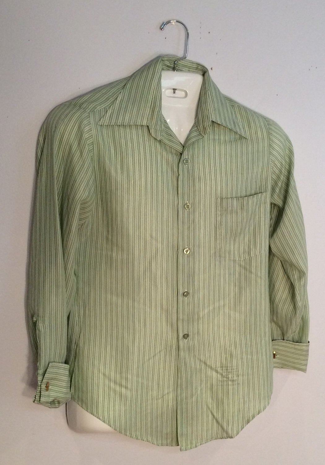 1970s Mens Shirt Styles – Vintage 70s Shirts for Guys Hampshire House By Van Heusen Green  White Stripe 1970s French Cuff Mens Shirt $7.00 AT vintagedancer.com