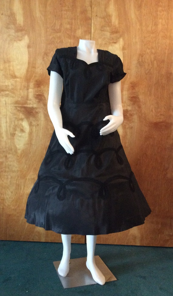 Vintage black taffeta party dress VOLUP full skirt
