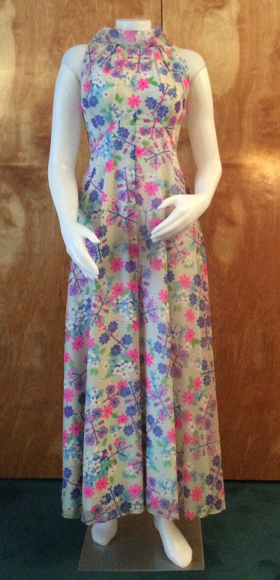 Vintage 1960's gown floral print flower power gown