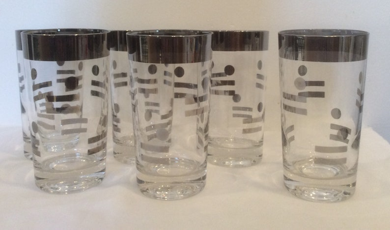 f0dc39f0dcd0 Silver rim vintage drinking glasses dots and lines Dorothy