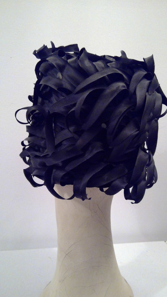Miss Dior created by Christian Dior vintage hat 1… - image 6