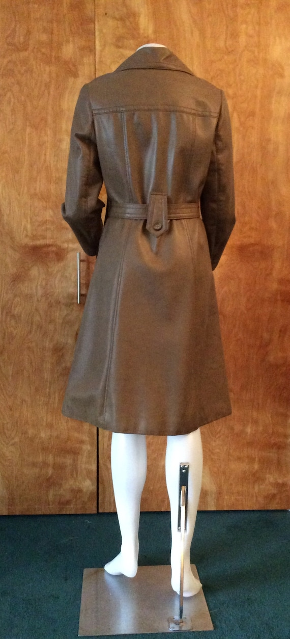 1970s vintage faux leather trench coat Port of Ca… - image 5