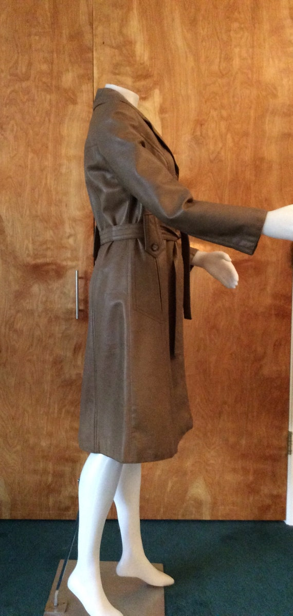 1970s vintage faux leather trench coat Port of Ca… - image 8