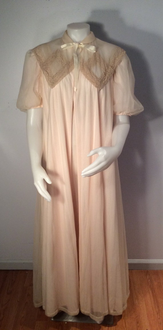 Vintage 1940's 1950's peignoir set SAKS FIFTH AVEN