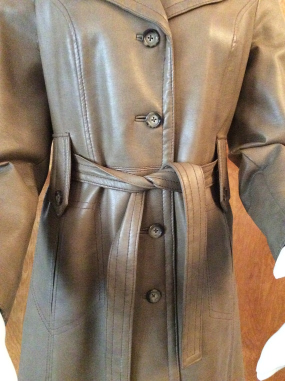1970s vintage faux leather trench coat Port of Ca… - image 2