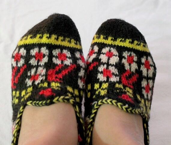 Traditional Turkish handmade knitted socks slippers