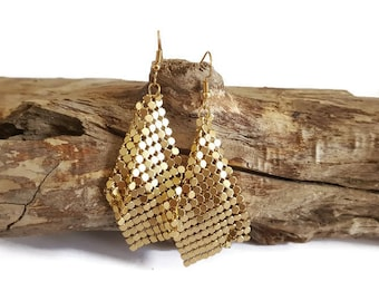 Gold chainmail earrings
