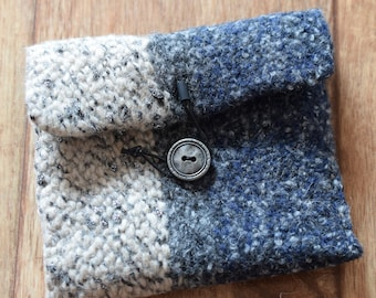 knitted make-up bag, CD packaging gift, knick-knack bag, cosmetic bag, knitted felt bag, mini bag felted