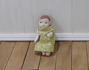Dollhouse 1:12 scale Antique Porcelain Toddler Baby Doll