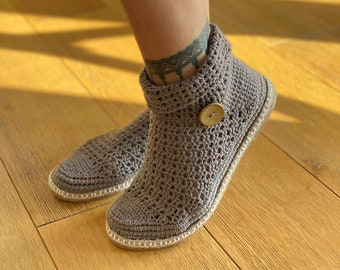 Foldable Neck Summer Booties - Handcrafted Crochet Shoes. Booties Hand knitted & Hand stiched. @goosemountaincrafts