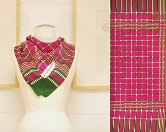 3ca5f1ad9e6 Vintage YVES SAINT LAURENT soie foulard   Made in France   rétro collection  Rare