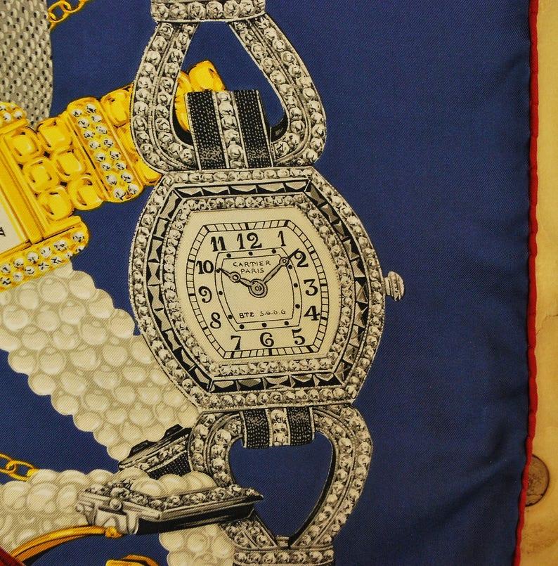 4cb23c96424 Vintage foulard en soie CARTIER   Must de Cartier   classique