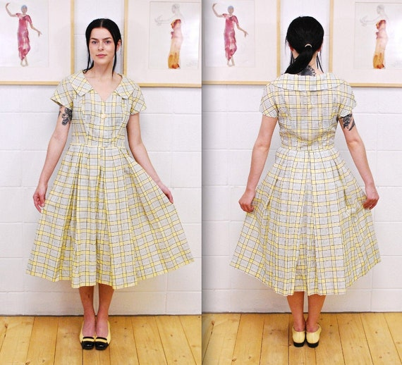 1950's/60's Light Grey and Yellow Printed Cotton S