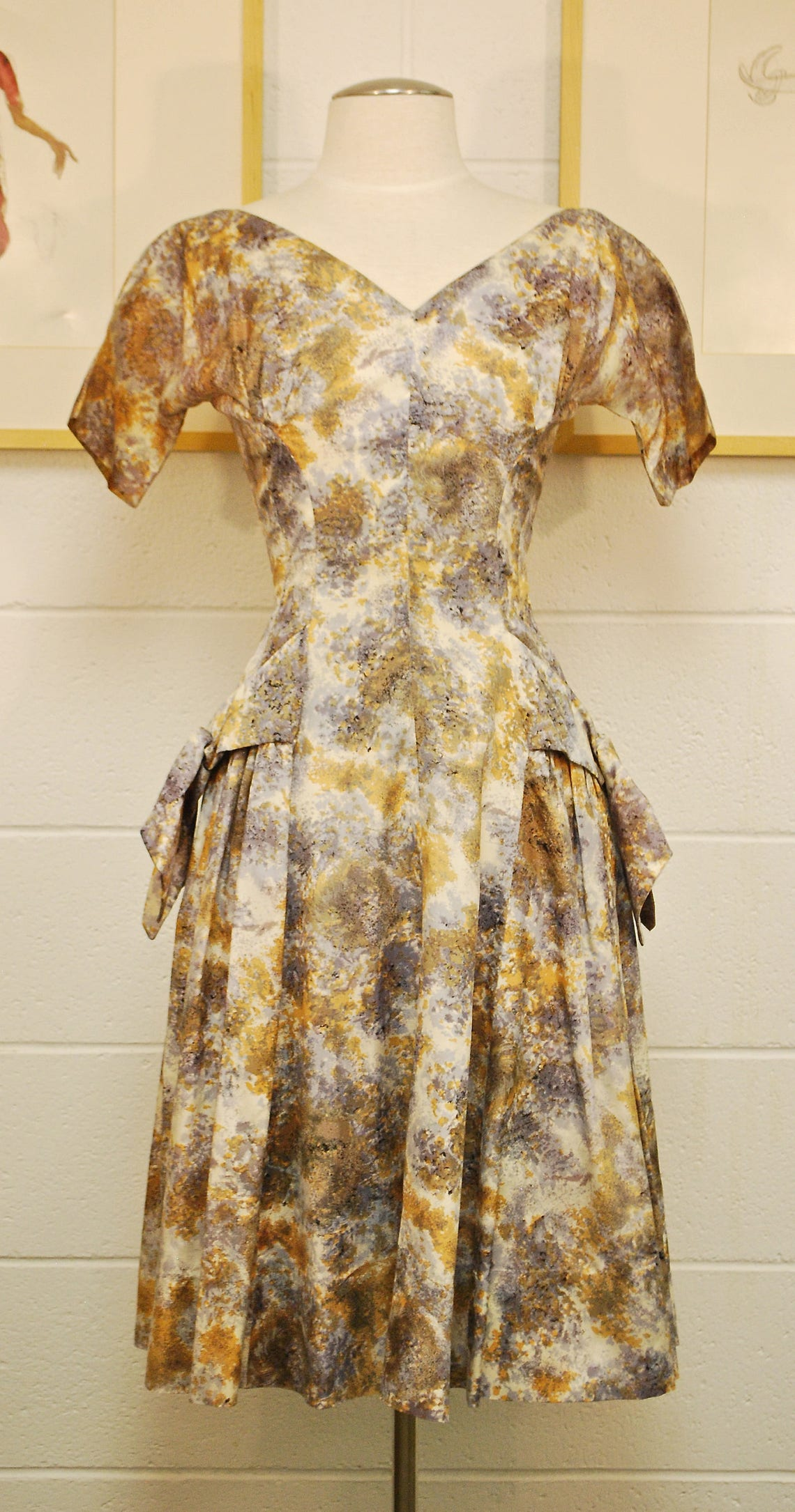 1950's/60's Brown and Mauve Fit and Flare Party Dress