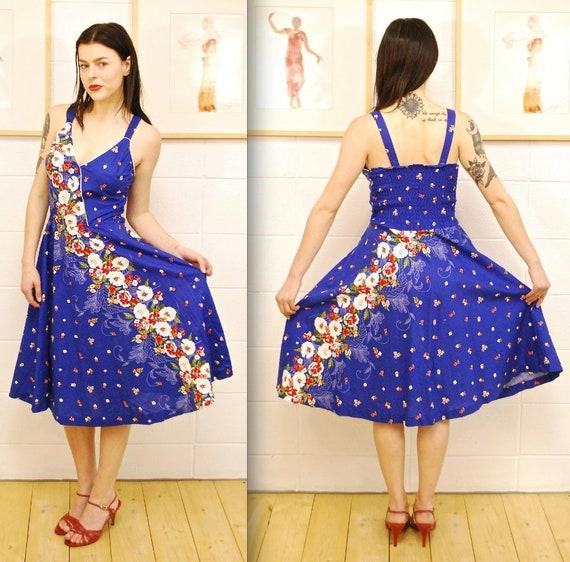1970's Bright Blue Floral Summer Dress / Sun Dress