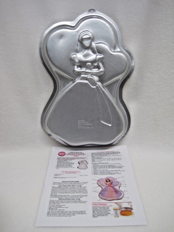 Wilton Enchanted Barbie Cake Pan 2105 8910 Retired
